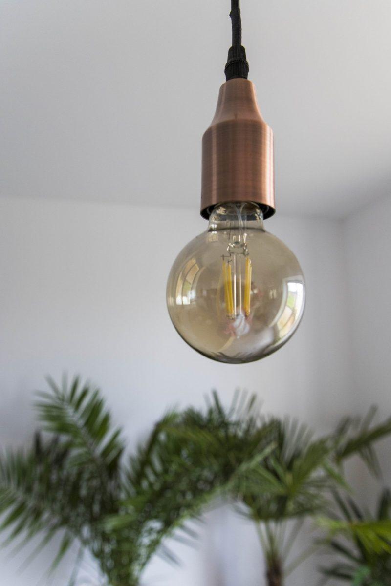 Détail ampoule architecture intérieur